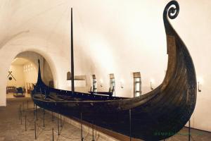800 CE: Vikings utilize cannabis